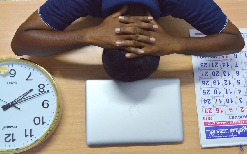 実労働を伴わない時間は所定労働時間から控除する
