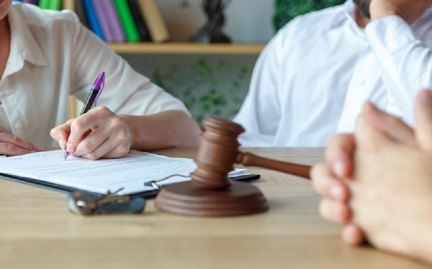 離婚に強い弁護士への無料相談、何を相談するべきのアイキャッチ