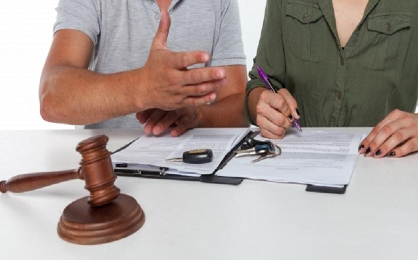 離婚協議書とは?作成する意味や効力とは?のアイキャッチ