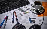 「業界別・残業週20時間以上の労働者割合」に見る残業時間が減少した背景の画像