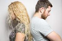 性格のあわない旦那と離婚したい。離婚したら養子縁組も解消されるの?の画像