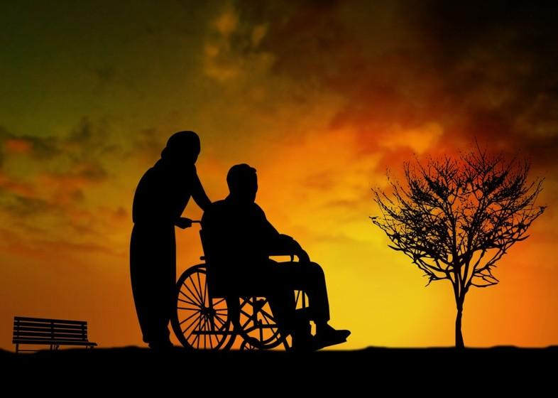 亡くなった親の介護など面倒を見ていたら、相続分の割合は多くなる?のアイキャッチ