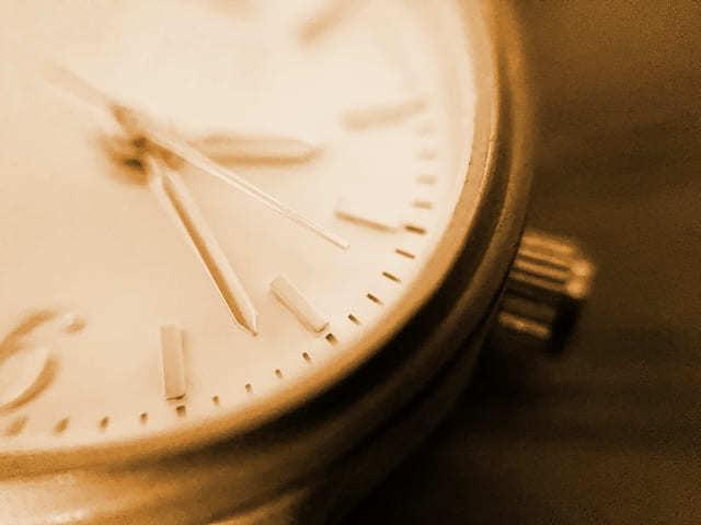 未払い残業代請求権の時効の注意点は「成立期間」「起算点」「中断」のアイキャッチ