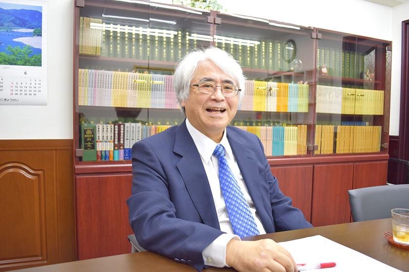 著書・論文多数の琉球大学名誉教授の弁護士先生にインタビューのアイキャッチ