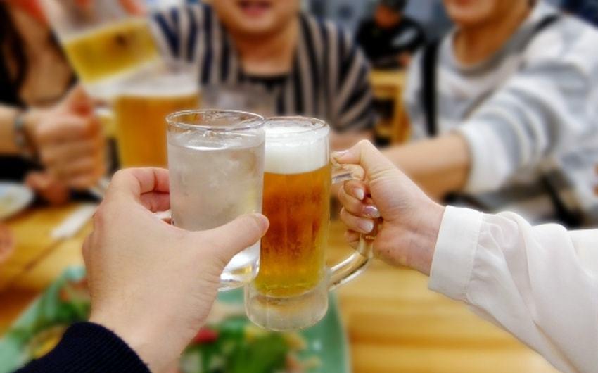 会社の強制参加の飲み会・イベントには残業代が出る!その判断基準とは?のアイキャッチ