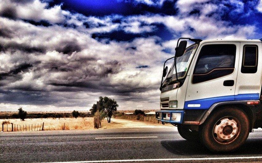 トラック運転手と労働基準法の改正:「荷待ち時間」=「休憩時間」ではないの画像