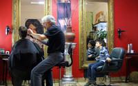 美容師のカット練習の時間が残業になる場合とは?の画像