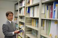 中小企業診断士の資格やアメリカの法律事務所勤務経験のある先生にインタビューの画像