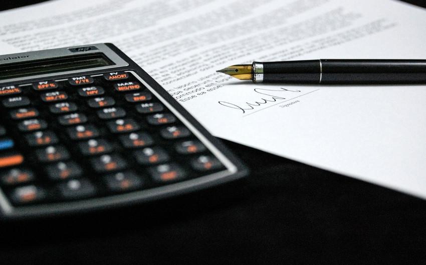 トラブル回避!雇用契約書でチェックするべき4つのポイントのアイキャッチ