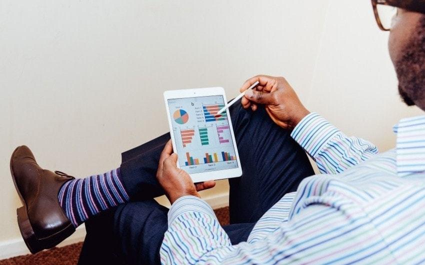 残業時間を証明する「残業代アプリ」:適切な使い方を解説のアイキャッチ