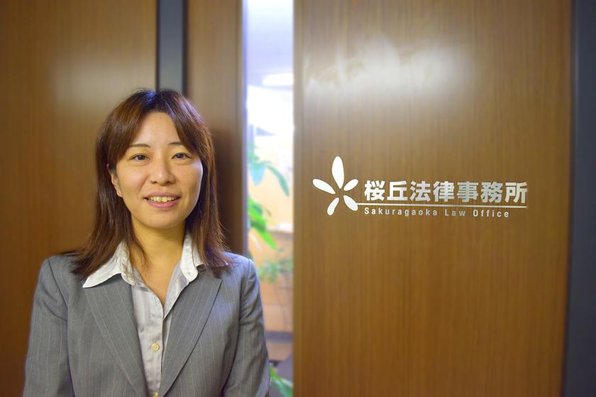 離島での勤務経験をもち、家事事件を中心に闘う渋谷の女性弁護士にインタビュー。のアイキャッチ