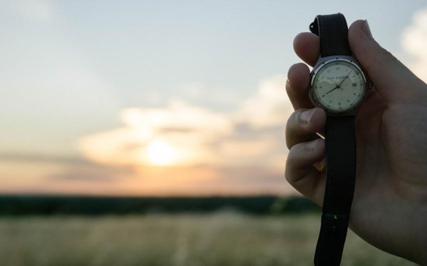 「法定時間外労働」と「法定時間内残業」の違いとはの画像