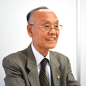 平田 建喜弁護士の画像