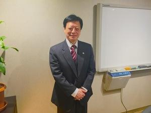桃谷 惠弁護士の画像
