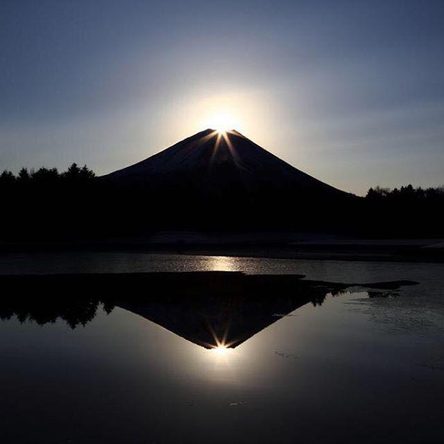 本栖湖(ダブルダイヤモンド富士)