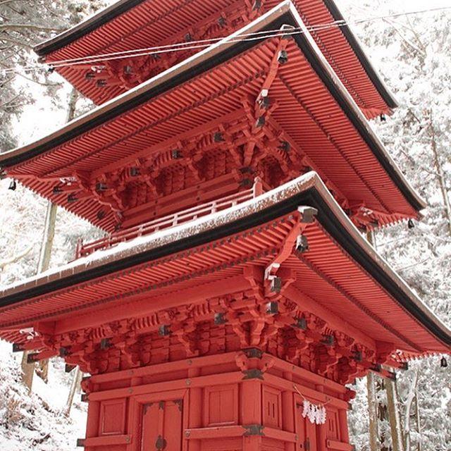 隠津島神社(三重の塔)
