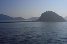 この島丸ごと、韓国海洋大学校になっている