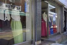 国際市場の韓服店