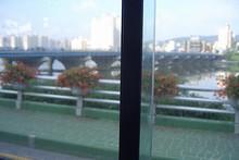 8:45朝っぱらから、市内バスに乗って出発!