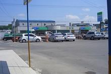 バスターミナル向かいの農協