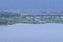 密陽江を渡る列車