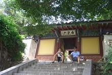 アラン閣入り口の門