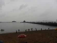 所変わってここは、有名な観光地「桟橋」