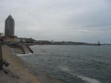 朝の海水浴場