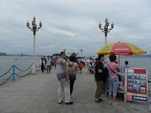 こちらは観光地「桟橋」の入口
