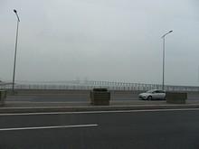 エアポートバスから見た胶州湾大橋