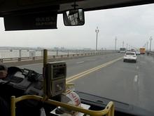長江大橋の上