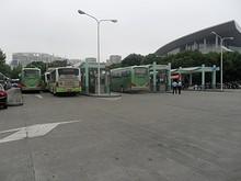 上海科技館そばのバス停