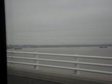 崇明島そばに漁船が泊まっている