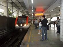 地下鉄3、4号線上海駅
