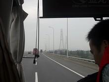 目の前に見えるのは南京長江第3大橋