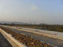 建設中の幹線道路