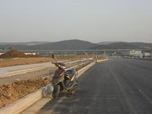 奥を走るのは京滬高速鉄道