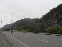 鉄塔と幕府山