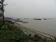 長江と船着場