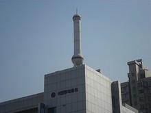 上海タワーのようなオブジェ