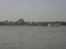 対岸の江心洲