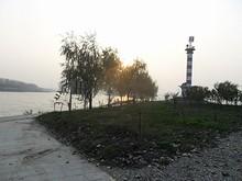 中州の南端にある灯台