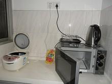 台所の奥は調理家電