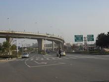 高架道路入口