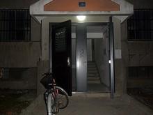 寮入口にも電灯がついた