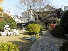 庭園と茶館