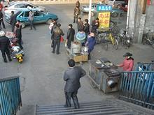 地下鉄中華門駅前に出ている屋台