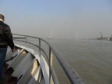 長江沿いに東へ