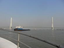 まもなく長江二橋通過