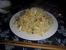夕飯の楊州炒飯